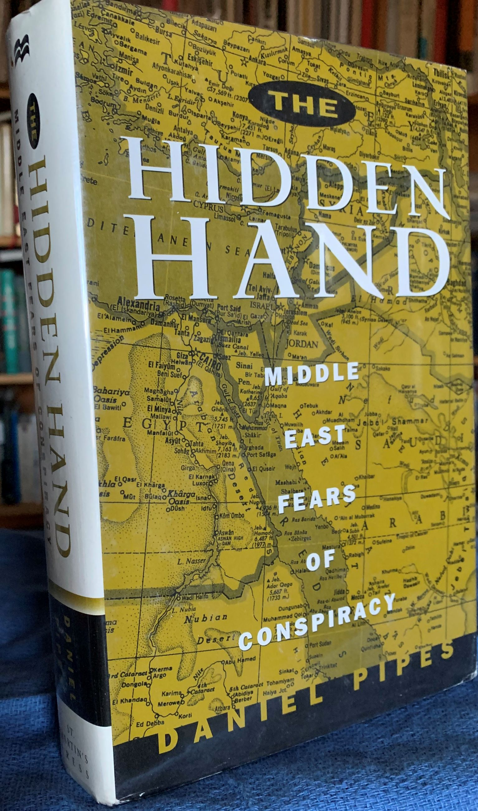 Image for The Hidden Hand : Middle East Fears of Conspiracy.