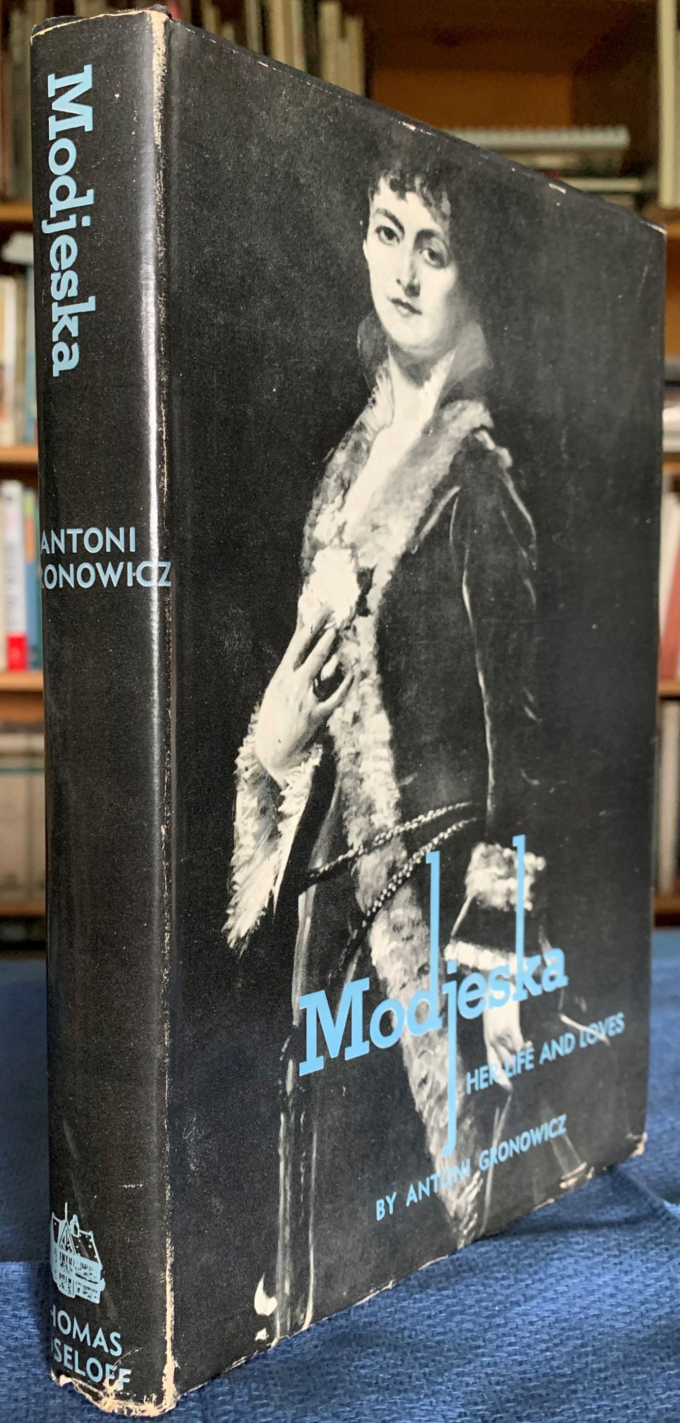 Image for Modjeska, Her Life and Loves.